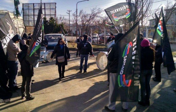 Los trabajadores de televisión protestaron en Río Gallegos