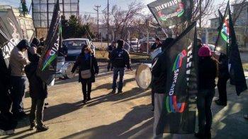 los trabajadores de television protestaron en rio gallegos