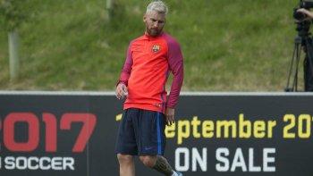 Quieren a un ex Boca para acompañar a Messi en la delantera