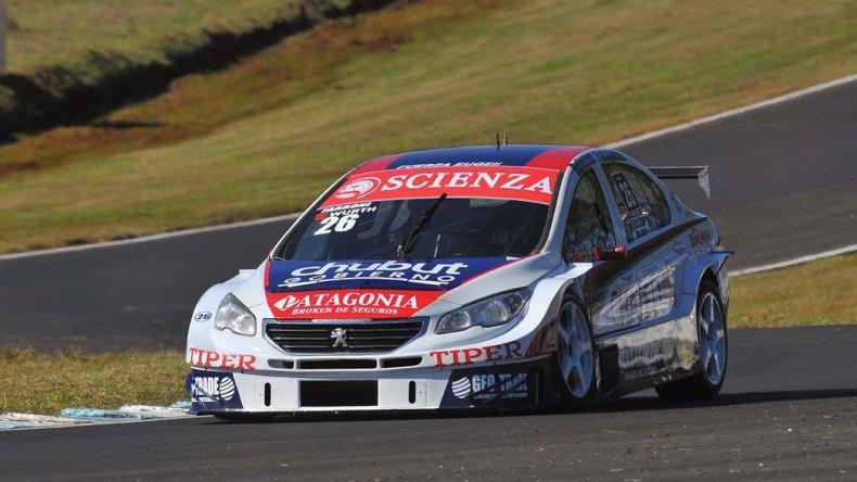 El Peugeot 408 de Luciano Farroni quien junto al holandés Tom Coronel cumplieron un gran papel en los 200 Kms de Buenos Aires.