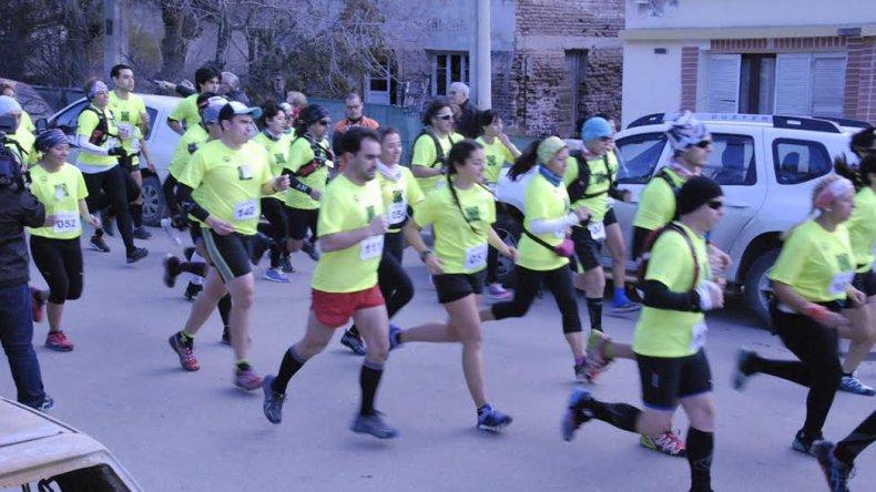 La largada de la competencia que se llevó a cabo el último sábado en el barrio Laprida.