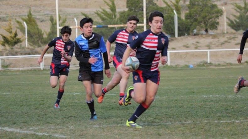 El rugby menor de la Unión Austral tuvo un sábado con mucha actividad en cancha de Calafate RC.
