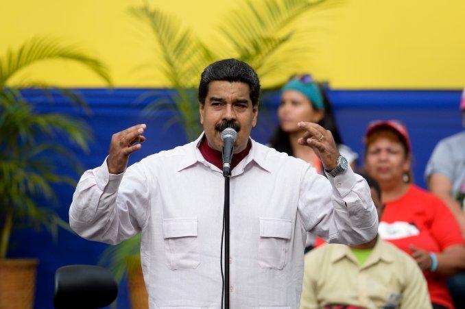 Avanza un referendo para revocar a Maduro en Venezuela