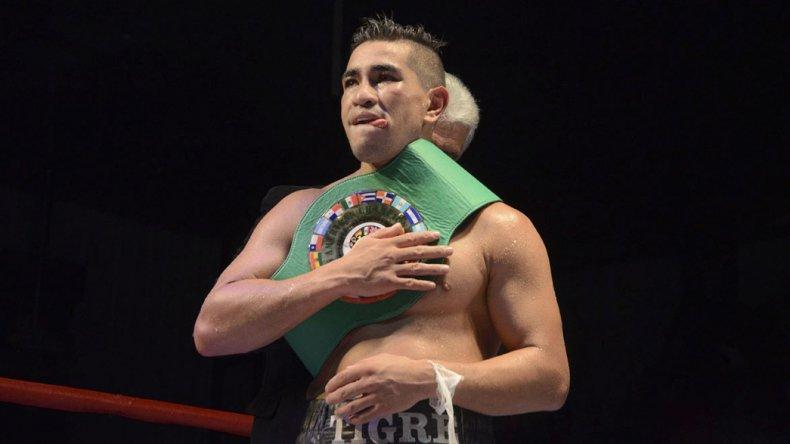 Saldivia se retira del boxeo rentado con 45 peleas ganadas y 4 derrotas.