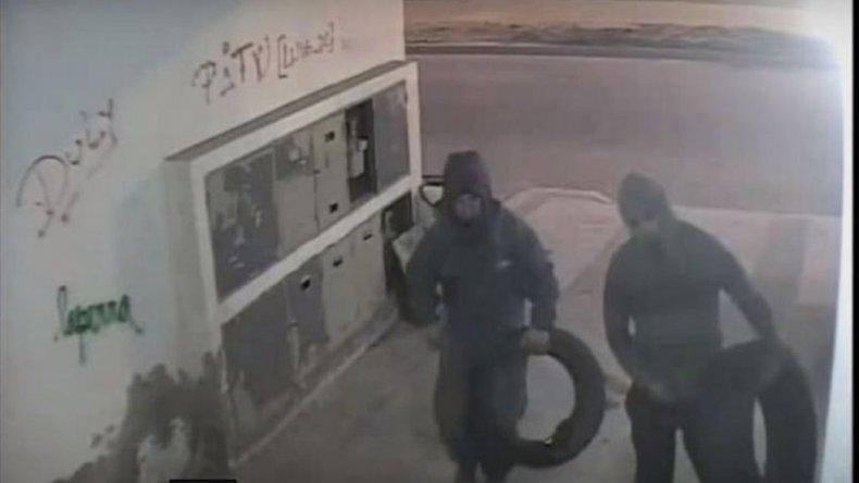 La imagen en la que se observa a los sospechosos.