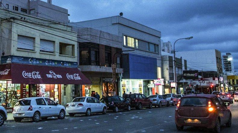La Cámara de Comercio organiza para mañana una reunión abierta con la finalidad de analizar el problema del estacionamiento en la zona céntrica de Comodoro Rivadavia.