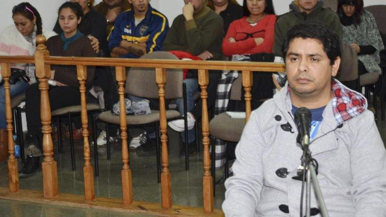Cristian Angel está siendo juzgado por el homicidio calificado de su ex pareja Rita Bejarano. Los familiares de la víctima estuvieron presentes en la sala.