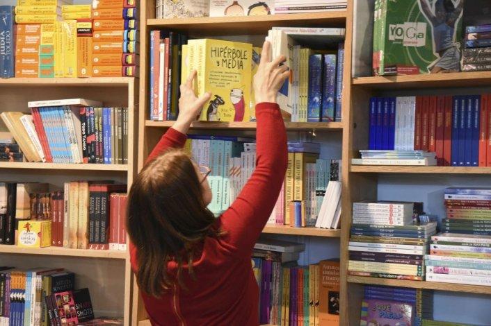 La Feria del Libro abrió con Dolina, Giardinelli y Sacheri
