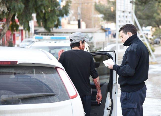 El papá y su hermano trasladaron a la víctima al Hospital Regional en el auto familiar. Foto: El Patagónico