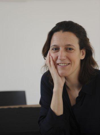 Victoria Gessaghi analiza la relación entre las clases altas y la educación.