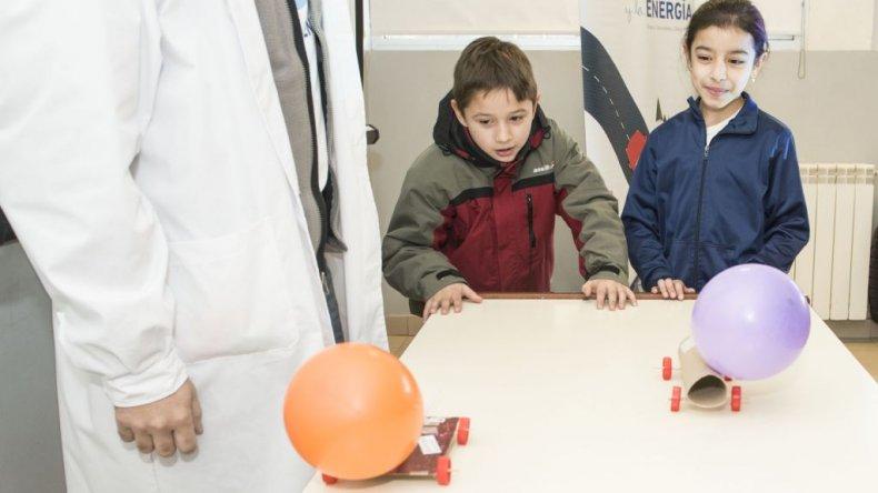 Más de 500 niños aprendieron sobre la importancia de la energía y su cuidado