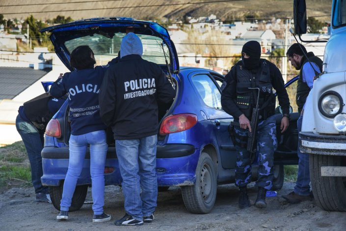 El auto del señalado autor del crimen fue encontrado en Rada Tilly.