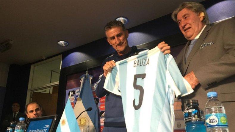 Presentaron a Bauza: voy a ir a charlar de fútbol con Messi