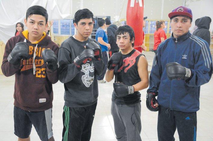 Boxeadores locales y de la zona se medirán hoy en el gimnasio de Aristóbulo del Valle y Viamonte.