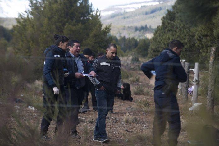 Rastrillaje en búsqueda del policía desaparecido en julio.
