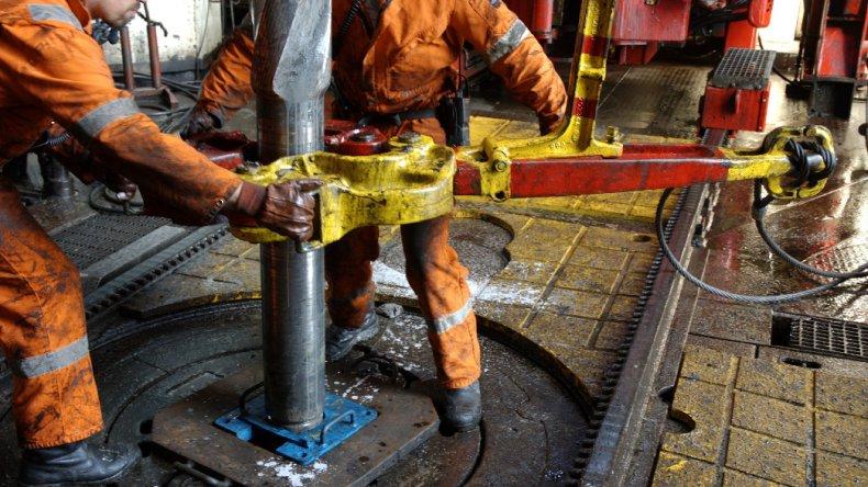 OPEP acordó recorte de producción y petróleo se dispara 8,2% a u$s 48,95