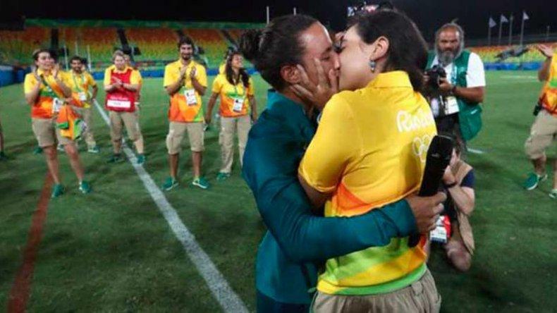 Amor olímpico: emocionante propuesta de matrimonio en el rugby femenino