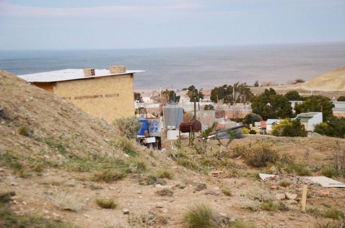 Un grupo de personas intentó tomar un terreno en el barrio Mosconi. El desalojo se produjo ayer ante las denuncias de los vecinos.