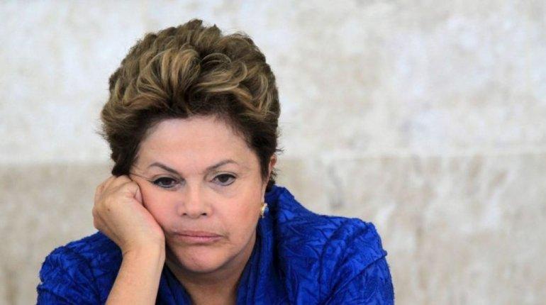 Dilma Rousseff a un paso de ser destituida