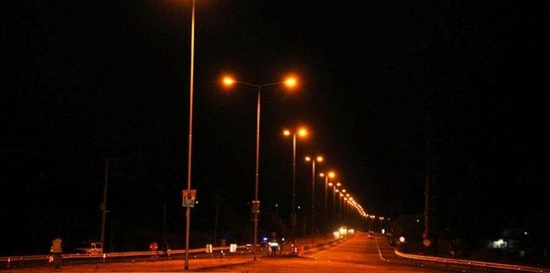 Cortarán la luz en las rutas para ahorrar energía