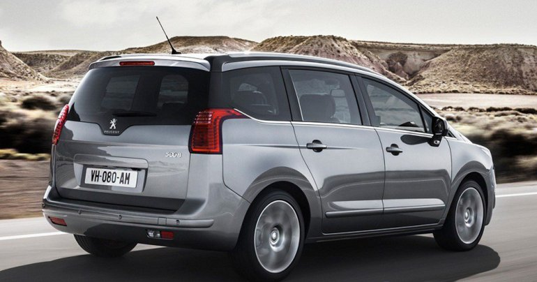 Lanzamiento: Peugeot 3008 y 5008 (restyling)