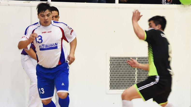 El fútbol de salón oficial arrancará esta tarde con la disputa del torneo Clausura.