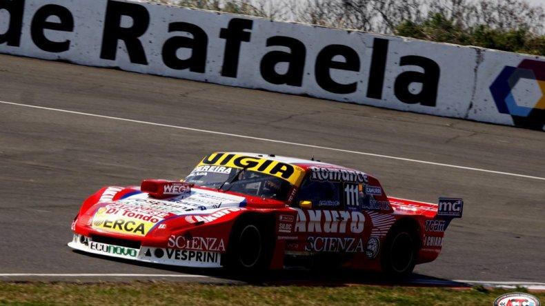 El Ford de Juan Manuel Silva que ayer dominó la primera clasificación del TC en el óvalo de Rafaela.