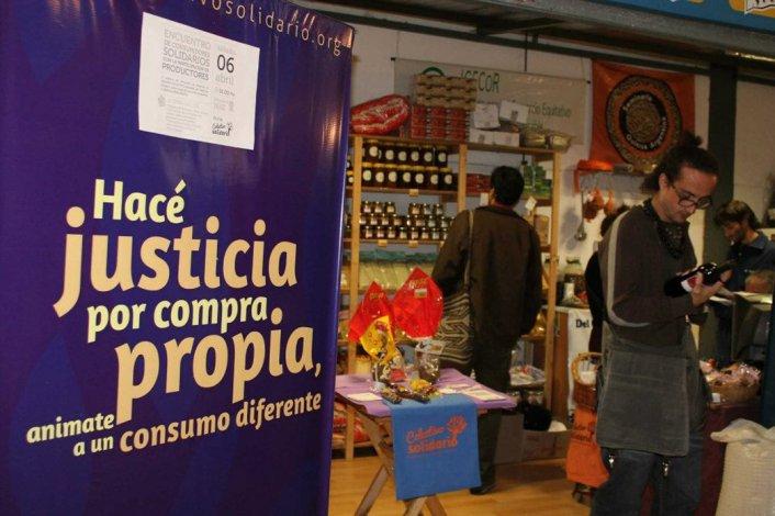 Las múltiples ofertas y alternativas solidarias de compra se consolidan.