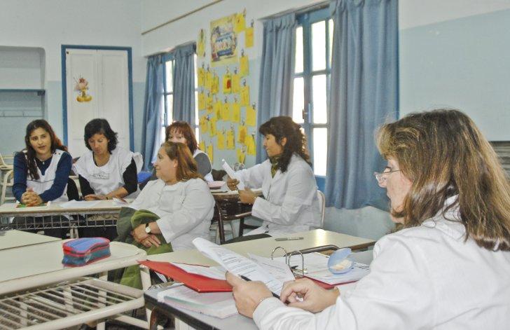 El encuentro servirá para que los docentes actualicen sus conocimientos y las nuevas formas de relación con el contexto educativo.