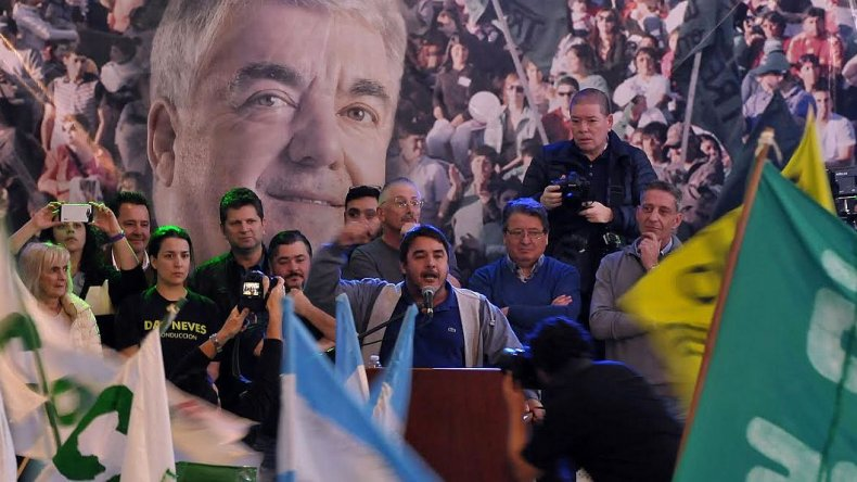 Fuerte apoyo político e institucional  al gobierno de Mario Das Neves