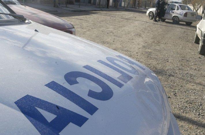 Joven con antecedentes robó un auto y lo detuvieron luego de una persecución