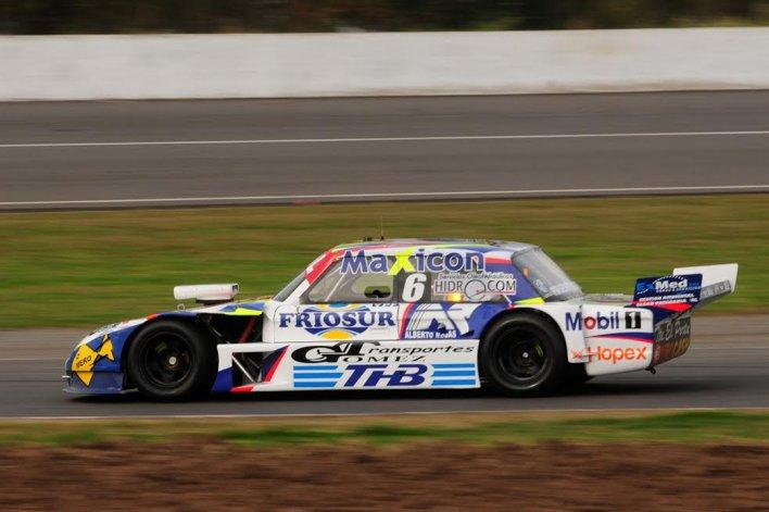Marcelo Agrelo finalizó séptimo ayer y se mantiene en la misma posición del campeonato del TC Pista.