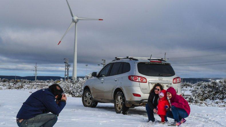 Tres alertas meteorológicos rigen para Chubut por vientos, lluvias y nevadas