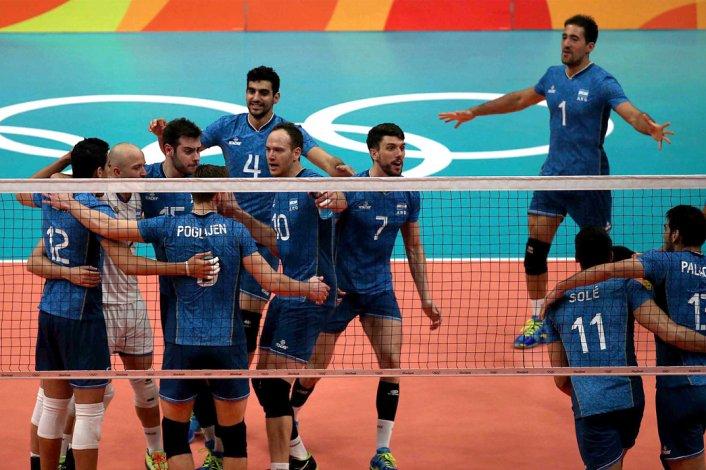 La selección argentina de vóleibol masculino sigue a paso firme en los Juegos de Río.