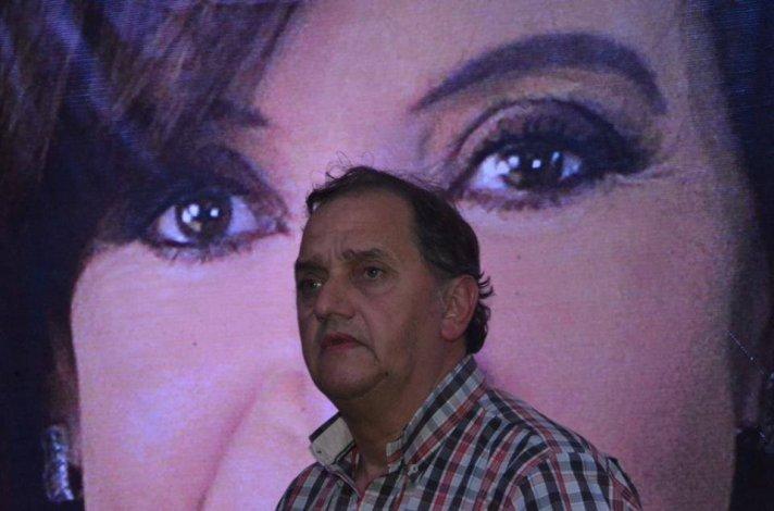 Linares se reúne con Cristina: será un diálogo entre compañeros