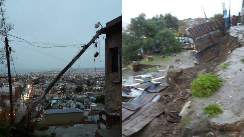 Poste caído y derrumbe en la zona alta del barrio Jorge Newbery. Foto enviada al 297 404 6449