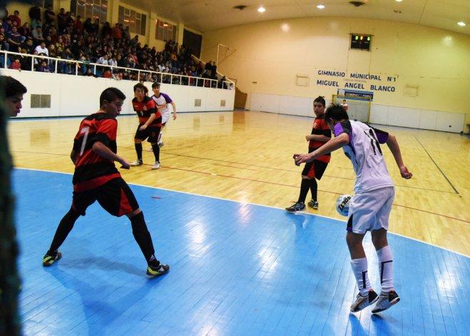 Flamengo se quedó con el campeonato en la categoría Juvenil Honor del futsal promocional.