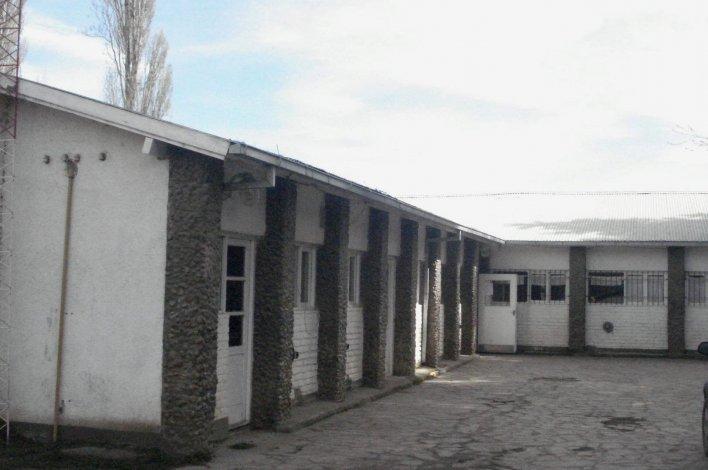 Un alumno de 17 años denunció al director de su escuela por agresión