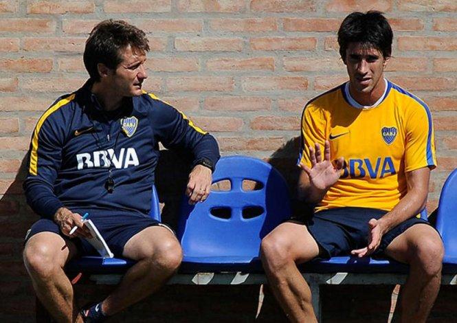 El mellizo Guillermo Barros Schelotto quiere que Pablo Pérez se quede en Boca.
