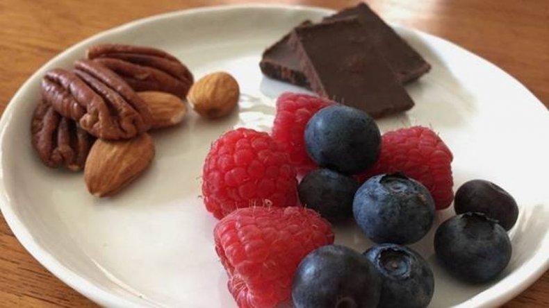 Vitaminas, minerales, proteínas, grasas saludables y flavonoides, algunos de los aportes de los tres placeres.