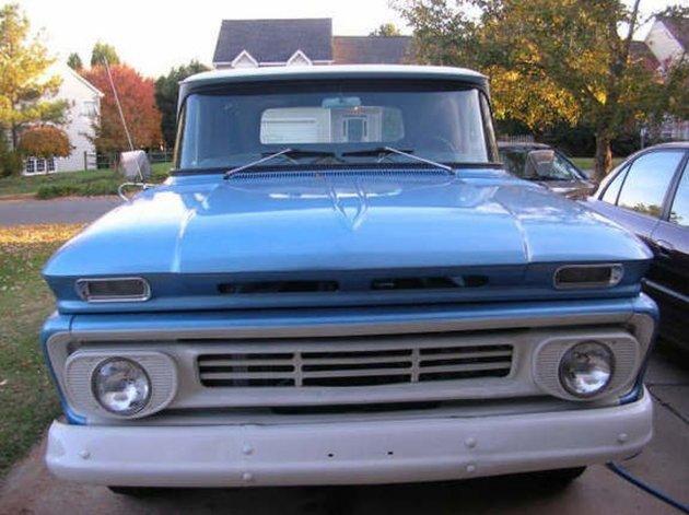 Foto ilustrativa de una Chevrolet Apache modelo 1962.