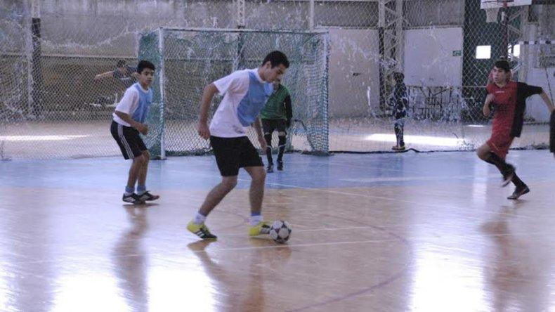 El fútbol de salón de los Juegos Comunitarios disputó una nueva fecha del torneo Félix Sáez.
