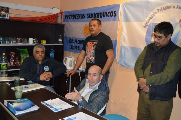 José Llugdar buscará la reelección como secretario general de Petroleros Jerárquicos.