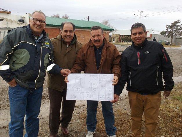 Los veteranos de guerra de Sarmiento recibieron un tráiler donado por DLS y ahora sueñan con construir la sede y el museo propios.