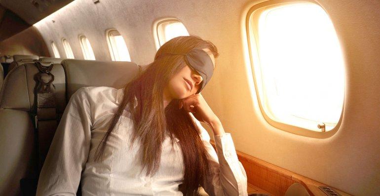 ¿Cómo relajarse  en el avión?