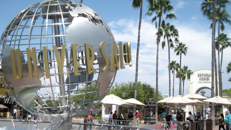 Universal Studios además de su parque temático ofrece visitas a sus sets de grabación.