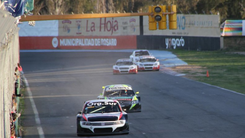 La Top Race Series disputó ayer las dos baterías donde Gonzalo Fernández dominó en la segunda.