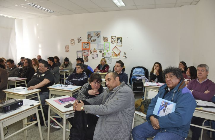 Vecinalistas de Chubut debatieron sobre problemas en común de los municipios