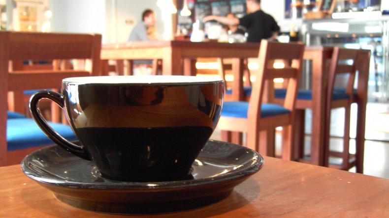 Trampolín al éxito  desde una mesa de café