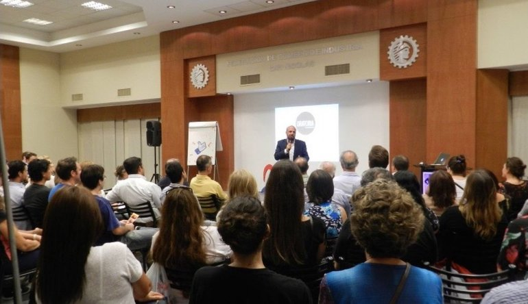 Realizarán un taller de Oratoria Consciente